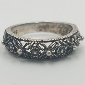 Jewelry - 925 NV 6 Sterling Silver Filigree Ring